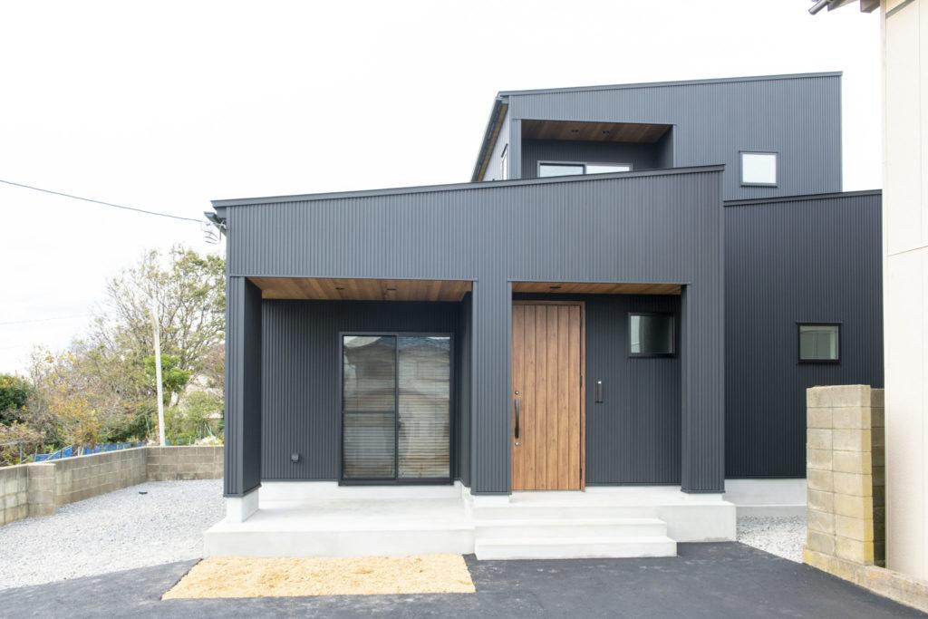 黒の家イメージ0