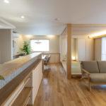 素材と質感にこだわった たたずまいの美しい家サムネイル26