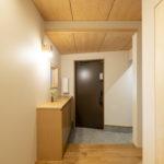 素材と質感にこだわった たたずまいの美しい家サムネイル25