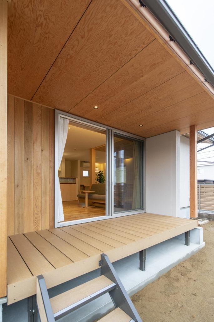 素材と質感にこだわった たたずまいの美しい家イメージ2